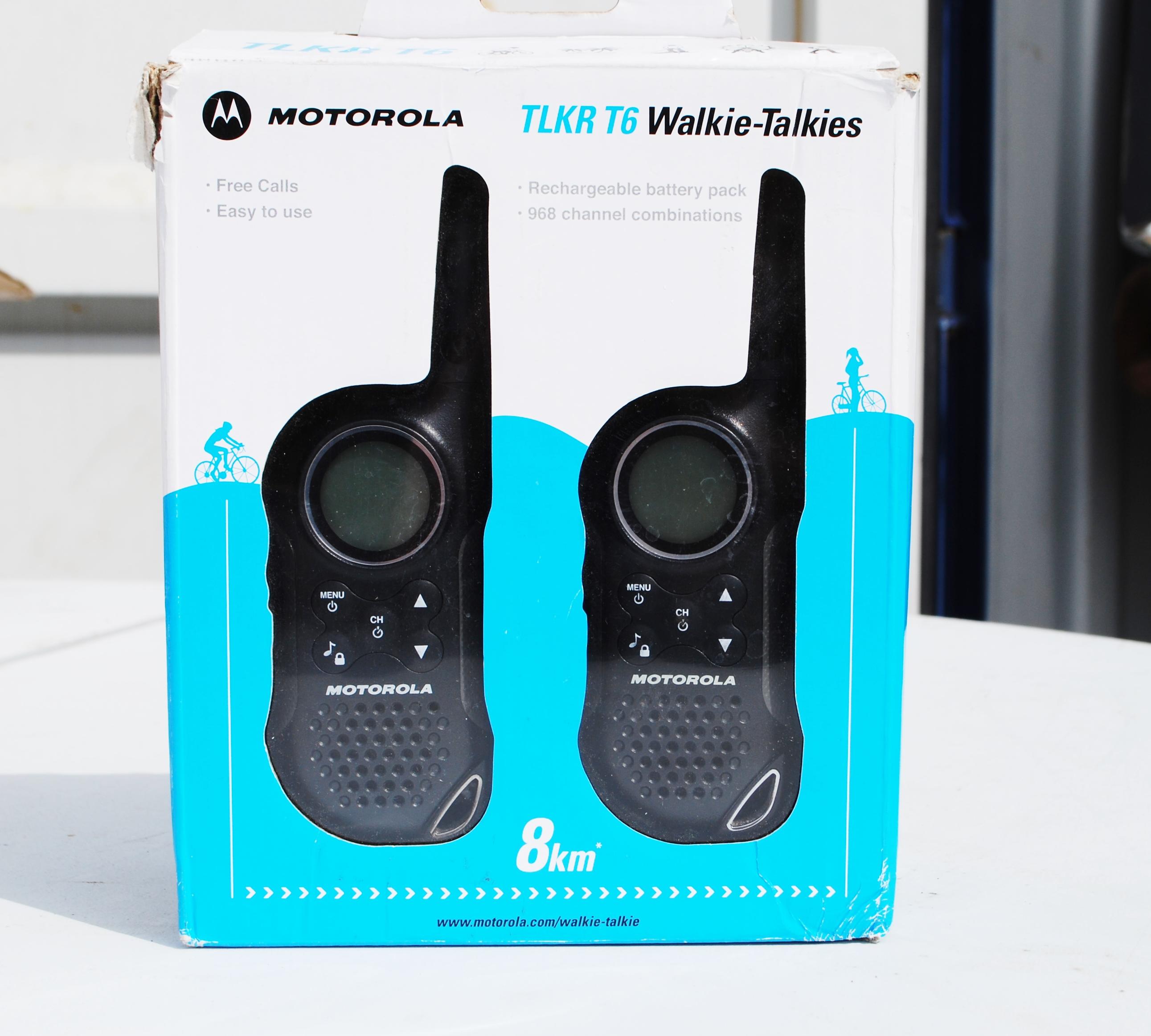 equip_walkie_talkies